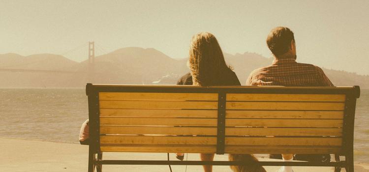 元カノを諦めるのか、諦めないのか。新しい彼氏がいるから諦める、それは諦める理由にはなりません。なぜなら、新しい彼氏がいても復縁を成功させた人はたくさんいるからです。